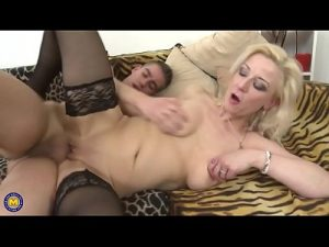 Dirty Minded Milf Having A Live Cam Sex With A Young Boy