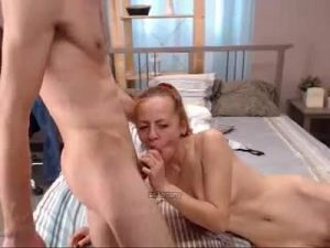 Lustful Euro Webcam Lady Knows How To Give A Head