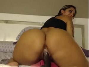 Big Ass Slut Fucks Her Pussy With A Huge Toy