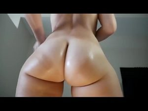 Horny Cam Babe Shakes Her Hot Ass For Fans
