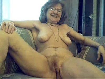 Lovely Granny Goes Fully Naked On Free Webcam