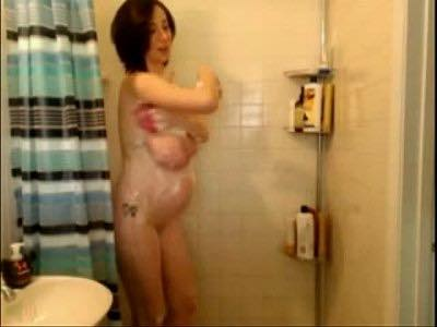 Busty Pregnant Woman Naked In The Shower On Live Cam